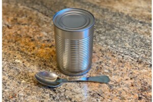 How to open a can with a spoon or table spoon