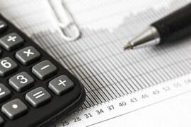 ADVANTAGES AND DISADVANTAGES OF SHORT-TERM FINANCE
